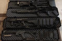 Selling: Airsoft Gun Lot