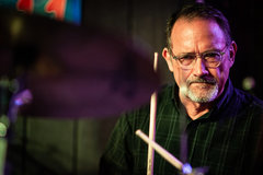 Not So Modern Drummer Article : The Man Behind DrumSellers.com