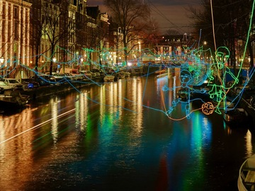 Rent per person: Amsterdam Light Festival - 18th JAN. 5pm