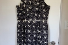 Selling: Rose dress