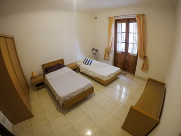 Rooms for rent: Shared room for Girls (2 beds) Balluta, St Julians, Malta