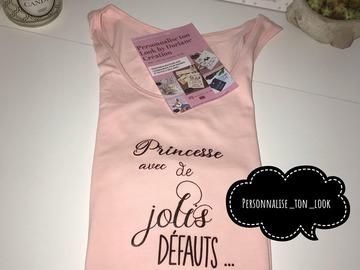 Vente au détail: T-shirt personnalisé princesse avec de joli defauts