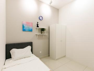 For rent: ROOM FOR RENT AT D'SARA SENTRAL [SUNGAI BULOH] FREE UTILITIES