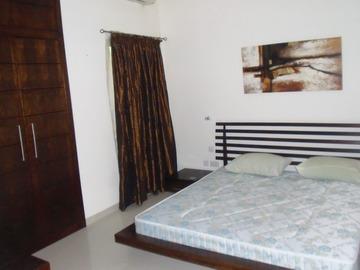 Apartments: 3 Bedroom Flat for Rent