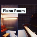 Renting with online payment: The piano Room