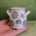 Vente au détail: Vase céramique vintage peint a la main aux couleurs verte et arge