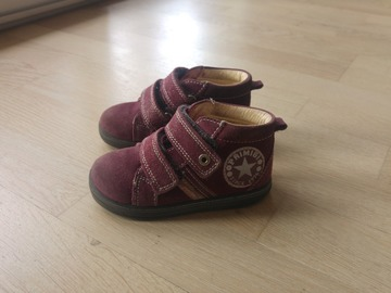 Vente: Chaussures fille montante
