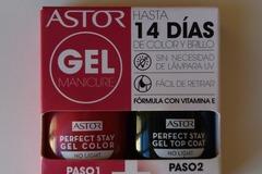 Venta: Pack esmalte y brillo efecto gel Astor Nuevo
