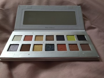 Venta: Paleta de sombras SPECTRUM Prism Makeup Junno and Co