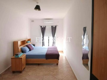 Rooms for rent: Rent a room in Gzira - duplex penthouse