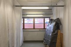 Renting out: 12 m2 ikkunallinen työtila