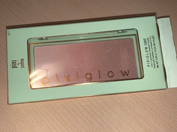 Venta: Pixi glow cake.
