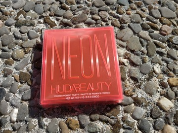 Venta: Neon Orange Obsessions de Huda Beauty