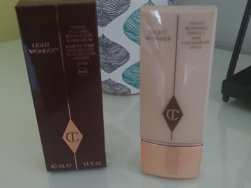 Venta: Charlotte Tilbury Light Wonder Tono 2