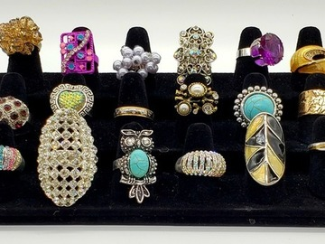 Buy Now: (225) Rings - New Fashion Jewelry Lot