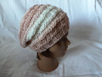 Sale retail:  bonnet souple à porter retombant ou classique avec un revers