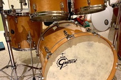 Selling with online payment: Gretsch USA Custom kit in Millennium Maple Gloss