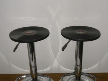 """Vente: Tabourets de bar """"Gramophone"""""""