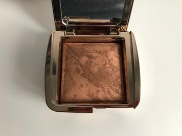 Venta: Bronceador Hourglass Radiant Bronze Light