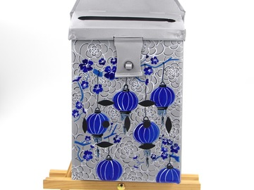 : Mailbox Silver with blue lanterns
