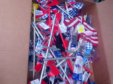 Make An Offer: 20 new patriotic yard windmills, flags, yard sticks