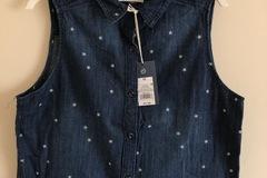Make An Offer: Women's Sleeveless Denim Shirt, Dark Wash XS- EST Retail $2150