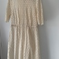 Selling: Lace cream dress (L)