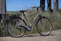 Daily Rate: Hybrid bicycle for hire