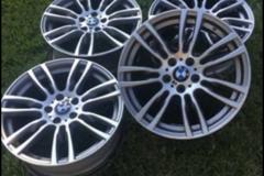Selling: Bmw oem wheels