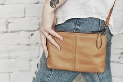 Products: CASEY HANDBAG - TAN LEATHER