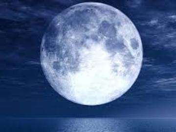 Selling: Full Moon Reading