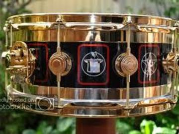 """Wanted/Looking For/Trade: LOOKING FOR: DW Neil Peart R30 Edge Snare Drum """"Starman"""""""