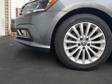 Selling: Volkswagen Passat se factory wheels and tires!  2015-2019