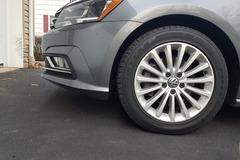 Selling: Volkswagen Passat se factory wheels and tires!  2015-2019