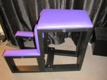 Selling with online payment: Collapsible Suitcase Bench