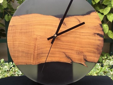 : California Olive Live Edge x Smokey Tinted Epoxy Resin Clock