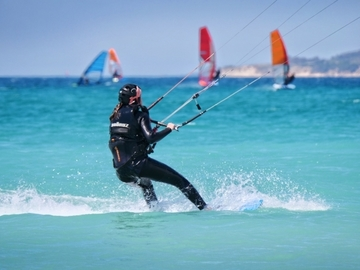 Course: 5 days Kitesurfing Courses, discovery in Tarifa