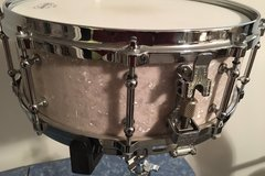 Selling with online payment: Ludwig Snare  5.5x14  10 Lugs Die-Cast Hoops 2003  EC