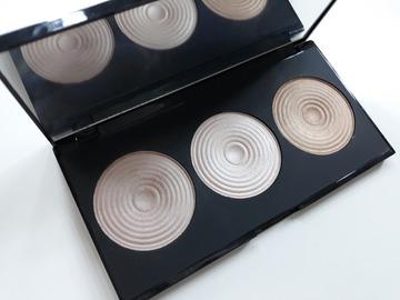 Venta: Paleta iluminadores Makeup Revolution
