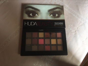 Venta: Huda Beauty rose gold edition