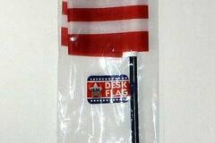 Buy Now: Patriotic USA American Desk Top Flag – 8″ X 6″