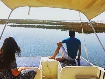 Alquile per persona: Algarve Eco-friendly Solar Boat Trip in Ria Formosa from Faro