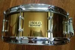 Selling with online payment: Drum Solo Greg Gaylord lacquered brass tube lug snare drum