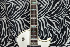 Renting out: Great ESP LTD EC-1000 White Electric Guitar - Ready to Rock!