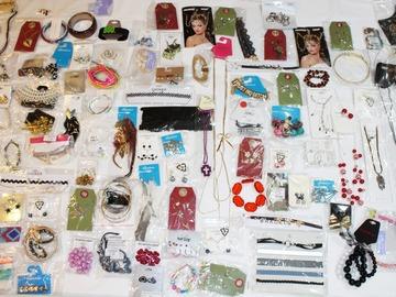 Buy Now: 250 Pieces Brand New Overstock Assorted Jewelry