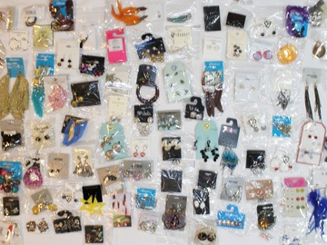 Liquidation/Wholesale Lot: 200 Pairs of New Fashion Jewelry Earrings