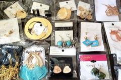 Buy Now: 225 Pairs - Stylish Earrings - Many Assorted Styles!