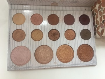 Venta: Paleta Bh cosmetics Carli Bybel
