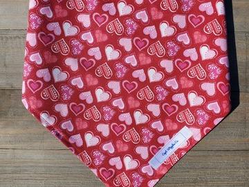 Selling: Hearts pet bandana