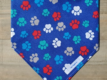 Selling: Paw Print pet bandana